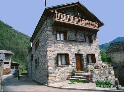 Casa Gallán de Sarvisé es una oferta de turismo rural que pertenece a la red de alojamientos de Turismo Verde de Huesca.